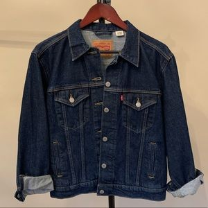 NEW LEVIS DENIM JACKET